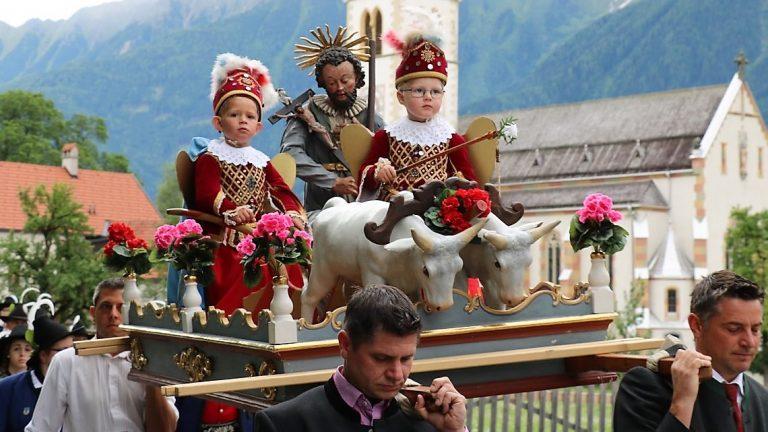 Die Engel waren heuer Leonhard Falch und Lukas Strigl, Foto: Knut Kuckel