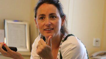 """""""Sind die Mitarbeiter zufrieden, spürt das auch der Gast"""", sagt Katharina Pirktl, Chefin im Alprenresort Schwarz. Foto: Knut Kuckel"""