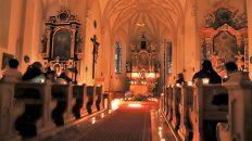 Nacht der 1000 Lichter in der Pfarrkirche Barwies. Foto: Knut Kuckel